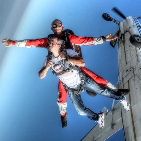 Saut en parachute Lezignan corbières - Skydive Flyzone
